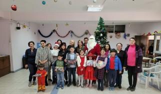 रुसी कम्प्याट्रियोट्स  परिवारहरूको लागि नयाँ वर्षको पार्टी