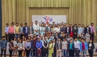 """Конференция на тему """"Национальный молодежный парламент Непала""""."""